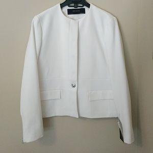 Zara White Blazer - Made in Spain